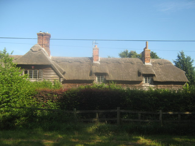 Thatched house on Grove Road