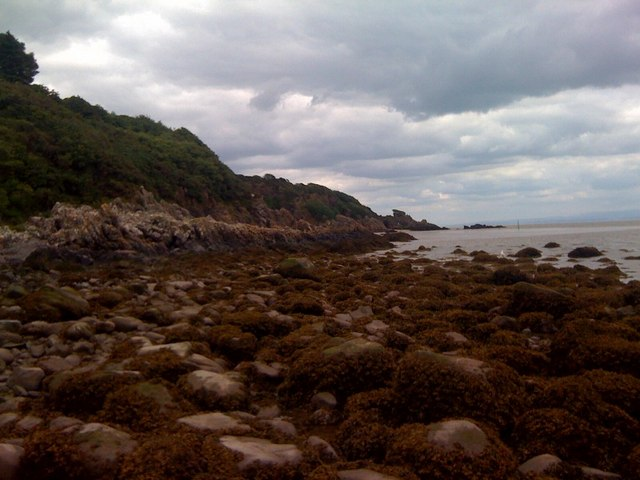 Coast at the east end of Sandyhills beach