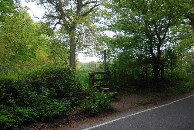 Footpath off Cinder Lane