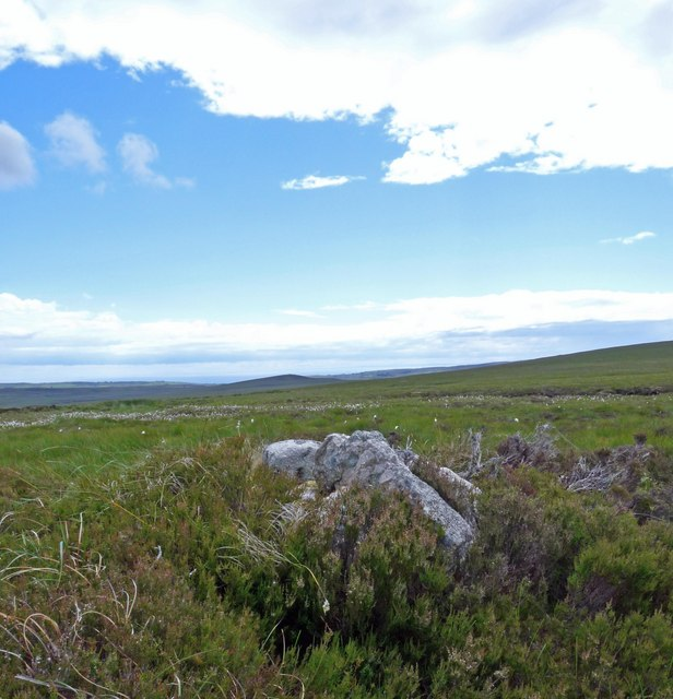 Cairn below Cnocan Conachreag