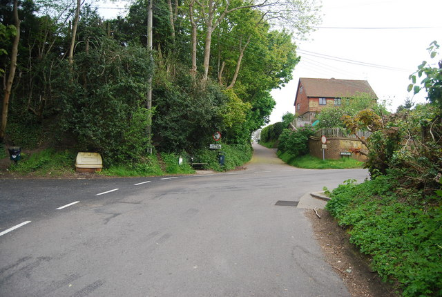 Church Lane, Leighton Rd junction
