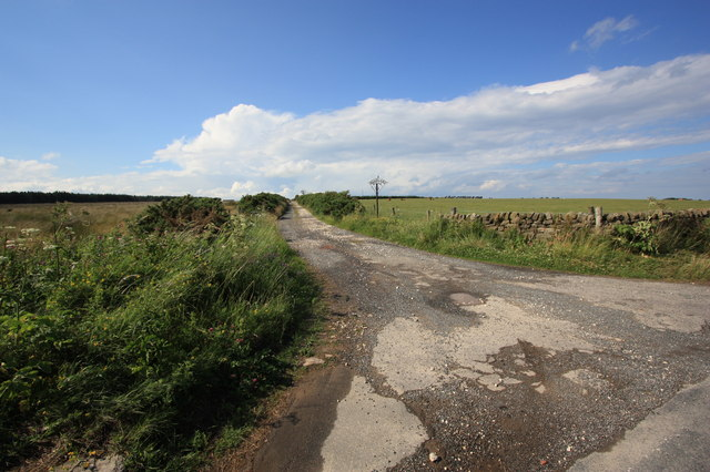 Access track to Moorland House