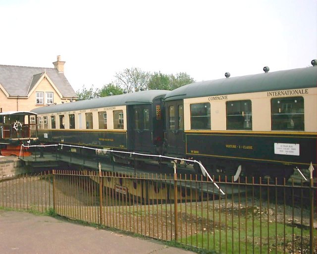 Dining Cars and a Goods Wagon on Wansford Turntable