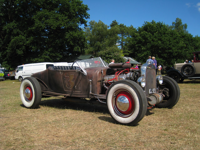 Street Rod Ford at Darling Buds Classic Car Show