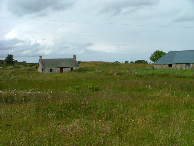 Cottage and outbuilding at Aitnoch