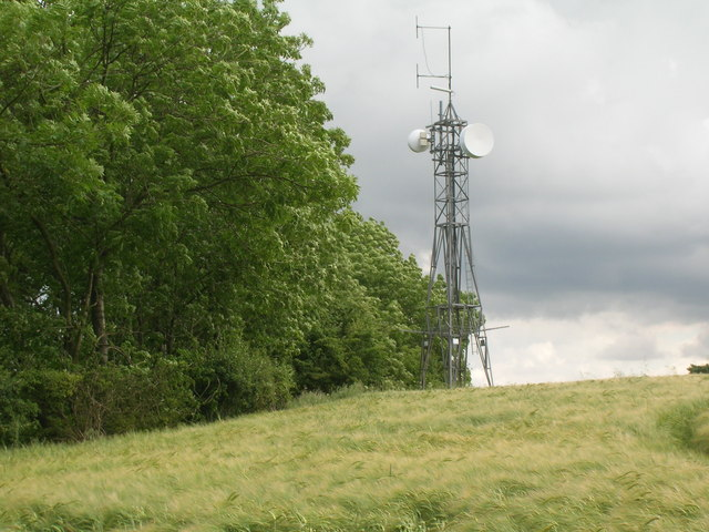 Communications mast, Thorpe Bassett Wold
