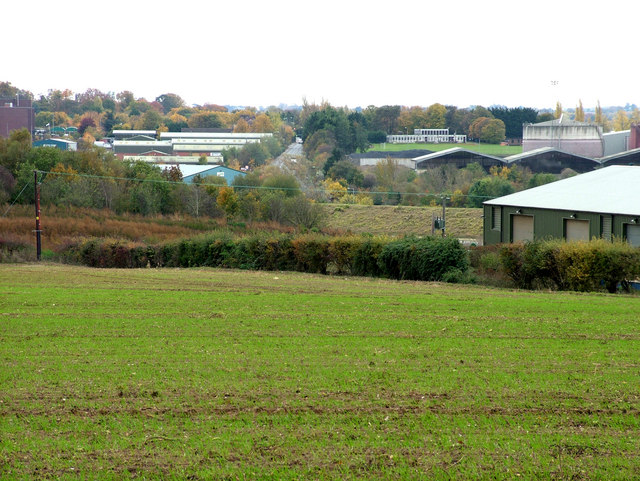 View across Hollow Road Farm to sugar factory area