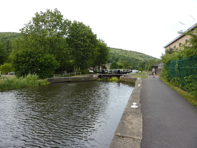Elland Lock, Calder & Hebble Navigation