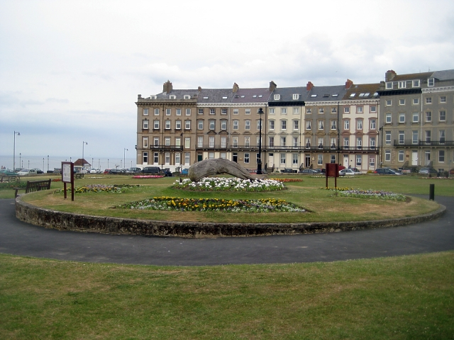 Royal Crescent gardens
