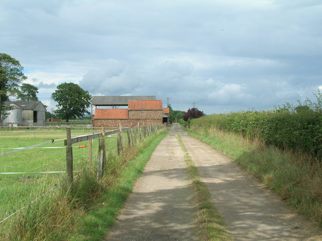 Track to Moor Farm