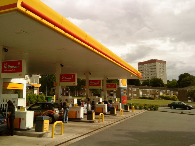 Shell garage selly oak andrew abbott cc by sa 2 0 geograph britain and ireland - Find nearest shell garage ...