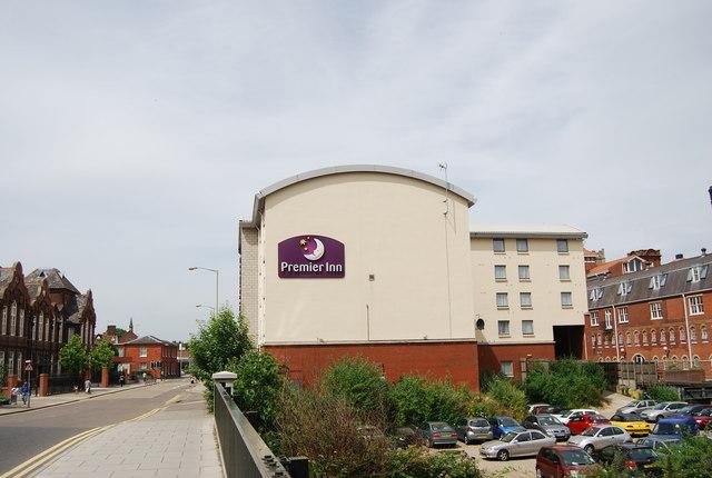 Hotels Near Norwich Football Club