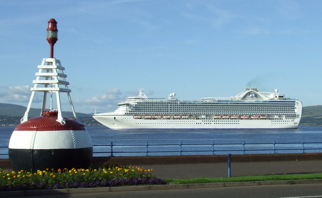 Crown Princess off Greenock