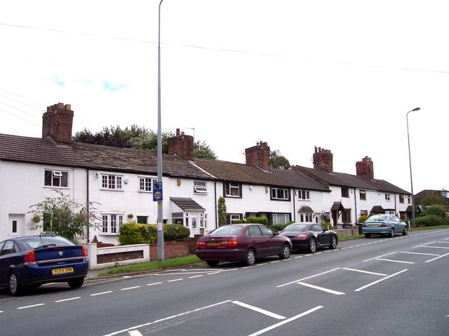 Cottages on Pemberton Road Winstanley
