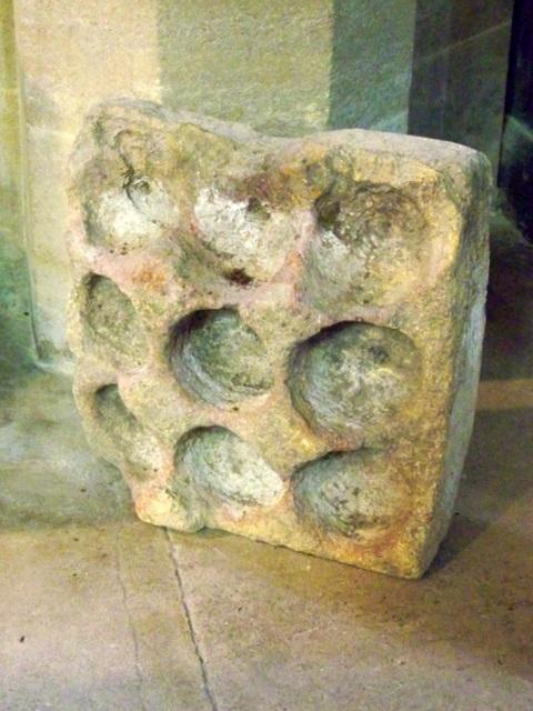 cresset stone st pancras 39 s church maigheach gheal geograph britain and ireland. Black Bedroom Furniture Sets. Home Design Ideas