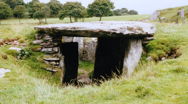 Cromlech Capel Garmon from the west
