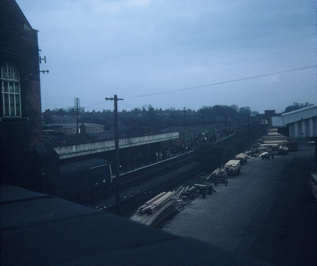 rugby central station from hillmorton 169 david hillas