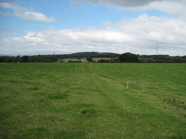 Footpath north to Alvanley