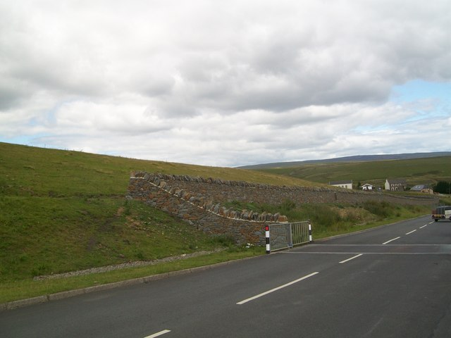 New dry stone wall above Fochriw