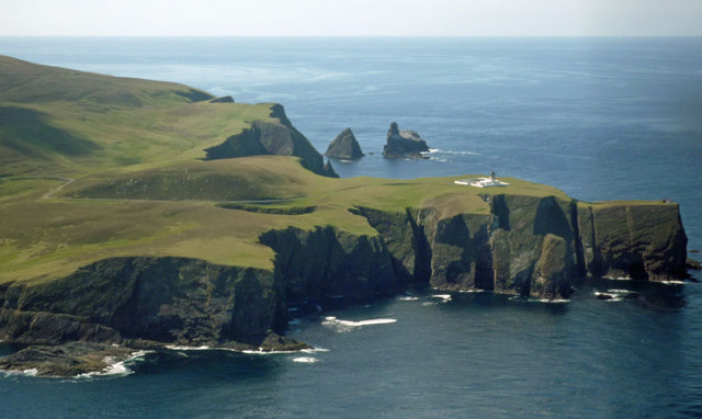 West and South of the North Light from the Shetland to Fair Isle flight