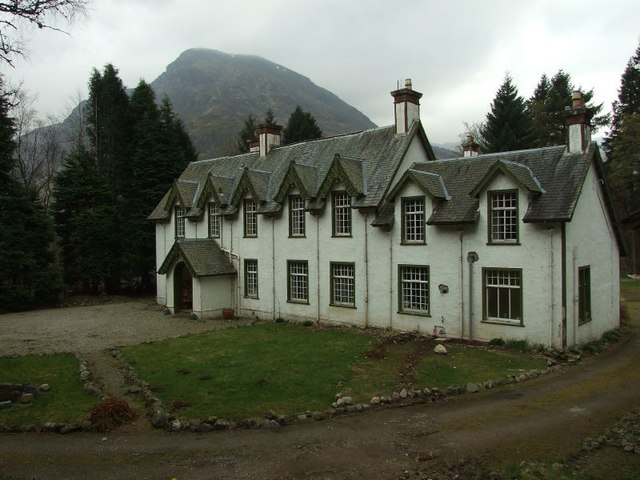 Glen Doll Lodge 169 Stuart Anthony Geograph Britain And