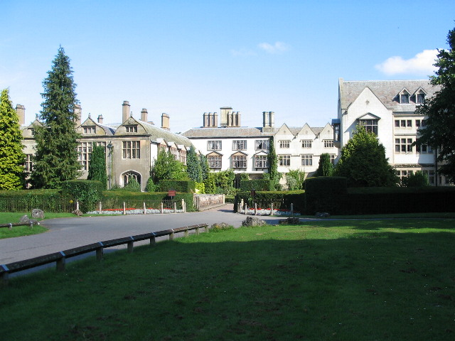 Coombe Abbey Hotel Grand Twin Accessible Room