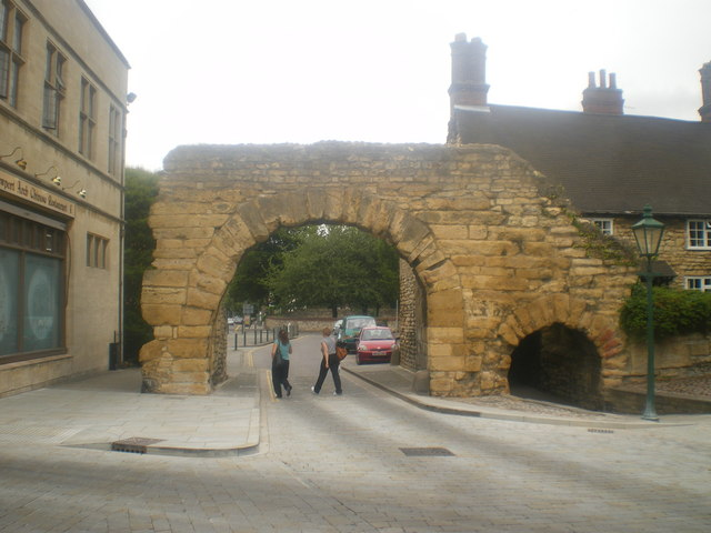 Used Military Vehicles >> The Roman Newport Arch - Lincoln © Tom Howard cc-by-sa/2.0 ...