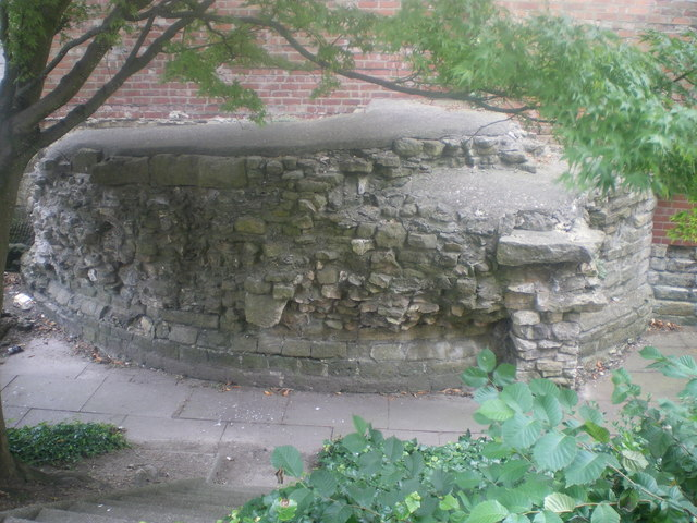 Roman Tower - Newport Arch - Lincoln