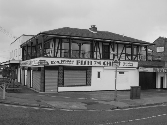 Ron Wood's Fish and Chips,... © Chris Whippet cc-by-sa/2.0 :: Geograph Britain and Ireland