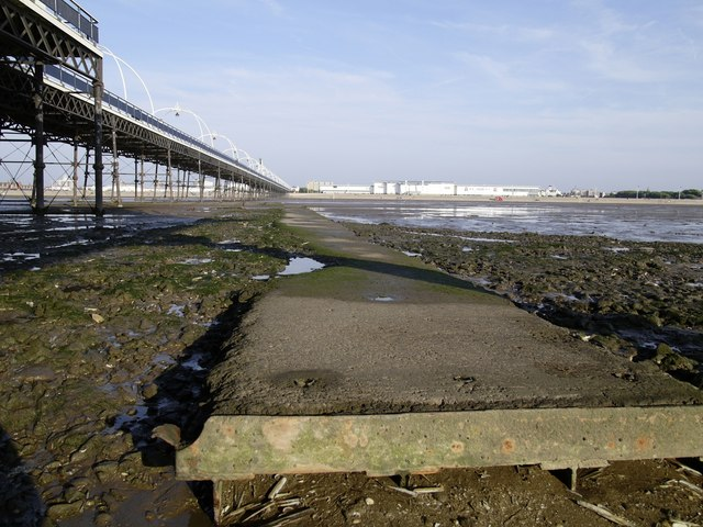 Remains of structure close to Southport Pier