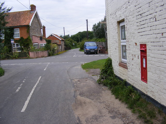 Back Road & Post Office Middleton Postbox