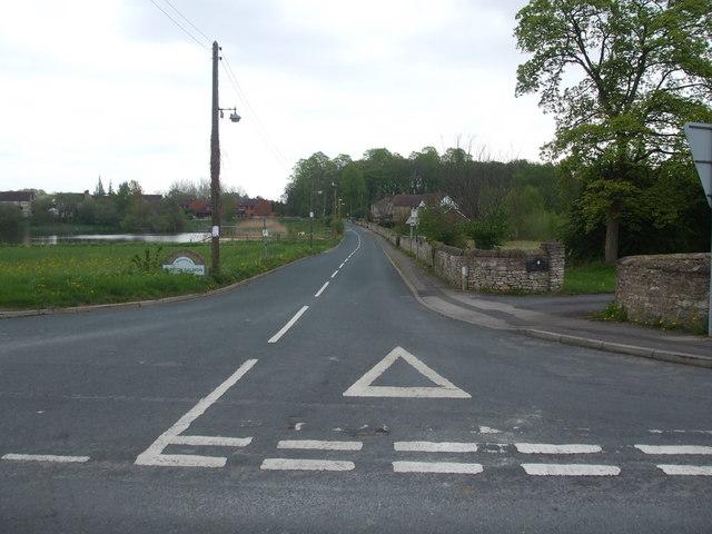 New Lane, Burton Salmon