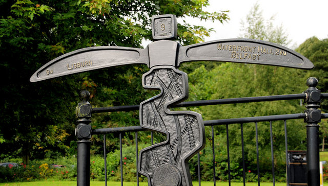 National Cycle Network milepost, Stranmillis, Belfast (1)