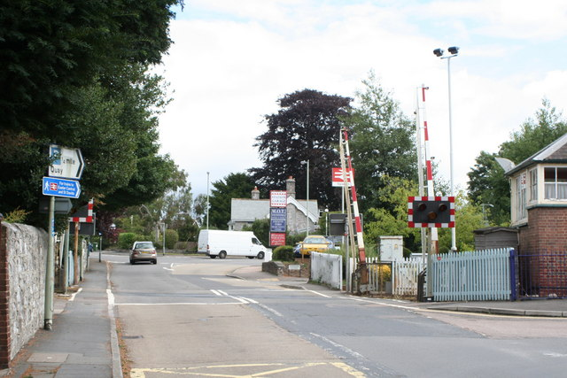 Level crossing at Topsham Station