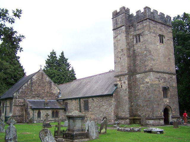 St Michael & All Angels, Llantarnam