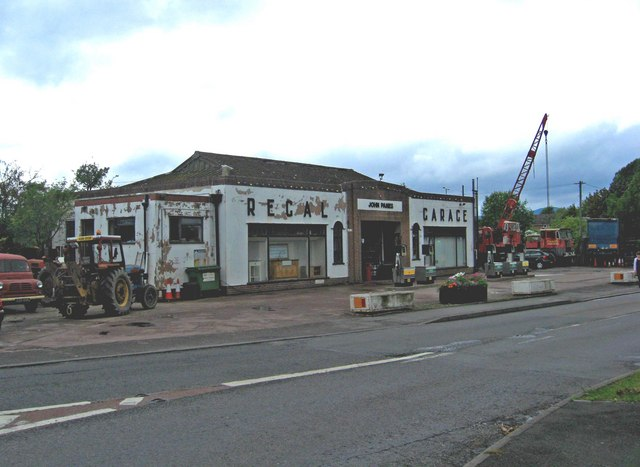 regal garage hanley road p l chadwick cc by sa 2 0 geograph britain and ireland. Black Bedroom Furniture Sets. Home Design Ideas