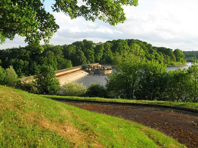 Dam wall, Ogston Reservoir