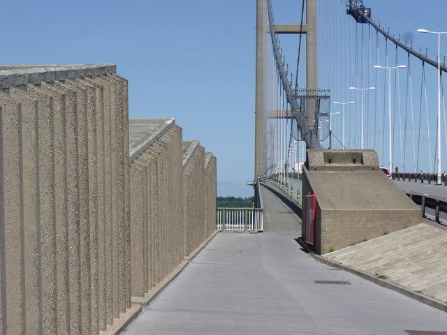 Humber Bridge West Footpath