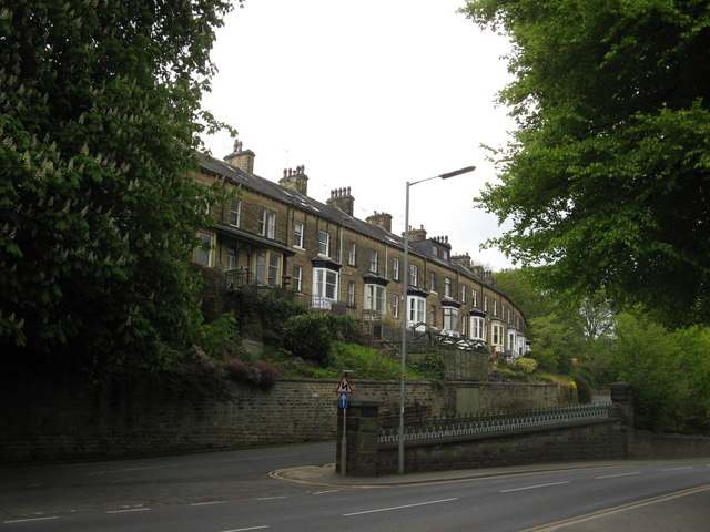 Lock View, Cemetery Road, Bingley
