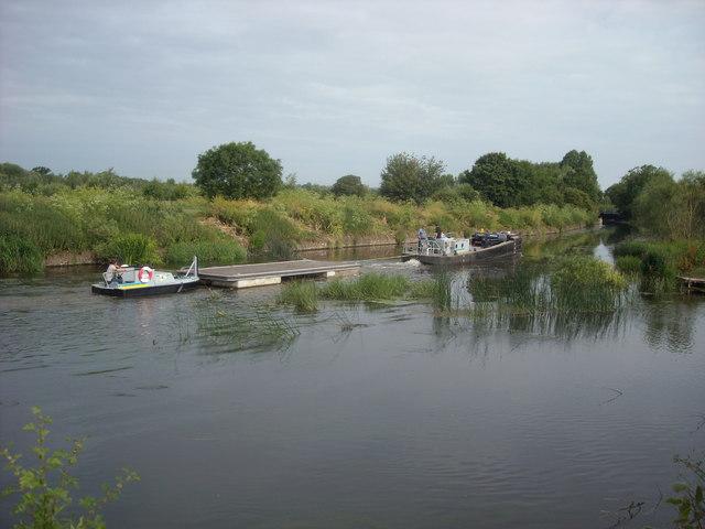 Same Floating Pontoon, Offenham Park