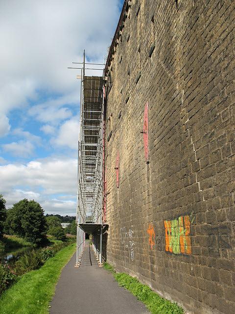 Canalside scaffold