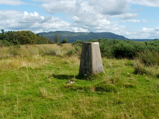 Aucheneck trig point
