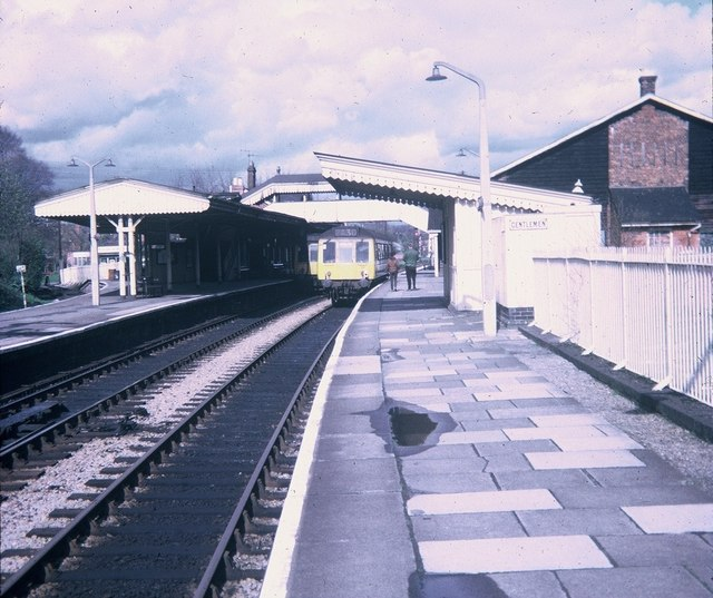 Bourne End Station Bucks 169 David Hillas Geograph