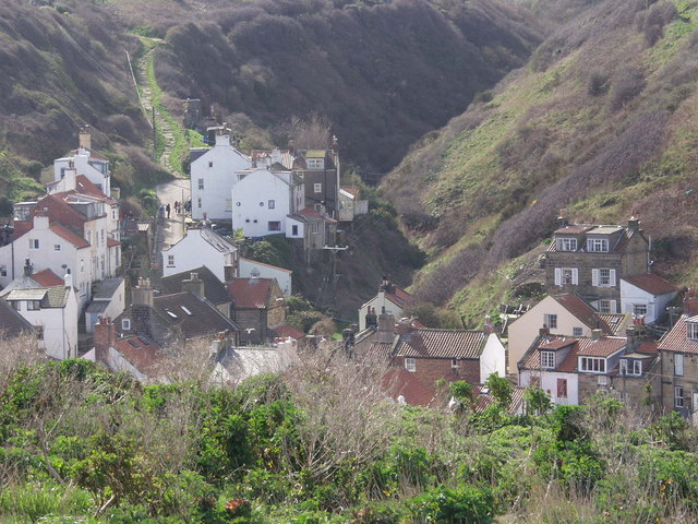 The village in the cleft