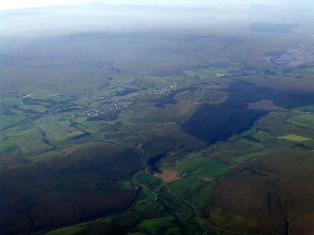 Muirkirk andSmallburn from the air