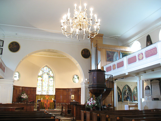St Mary, Battersea: interior