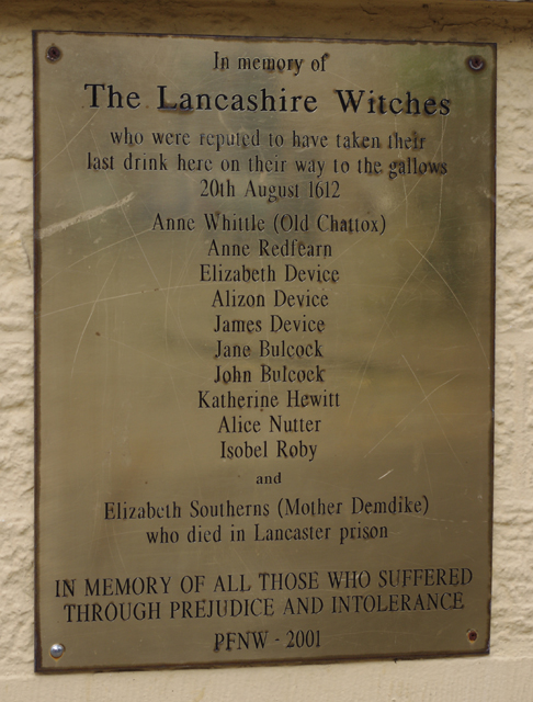 Memorial to the Lancashire witches © Ian Taylor cc-by-sa/2 ...