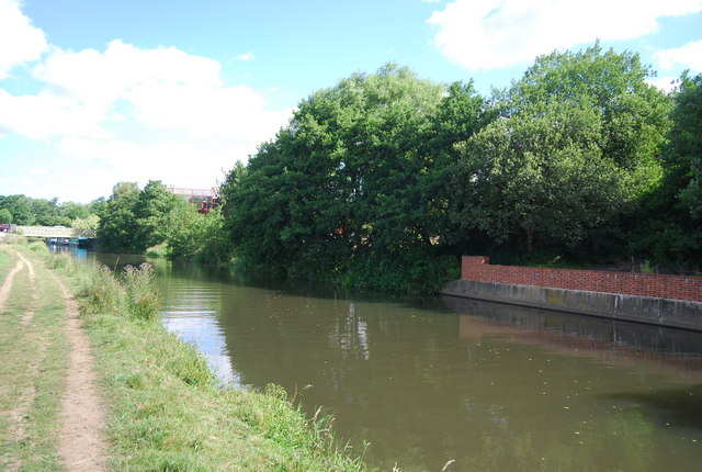 River Wey / Wey Navigation south of Broadford Bridge