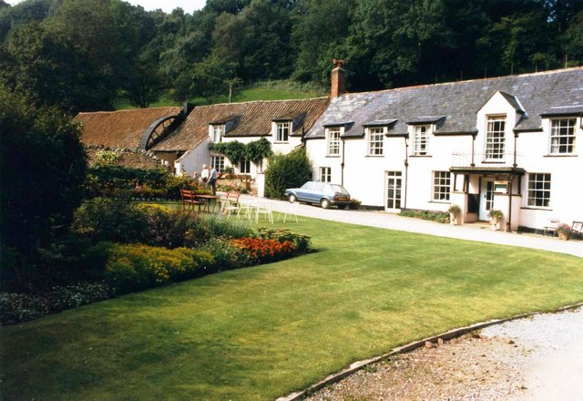 Combe House Hotel, Holford, in 1986 © David Gearing cc-by ...