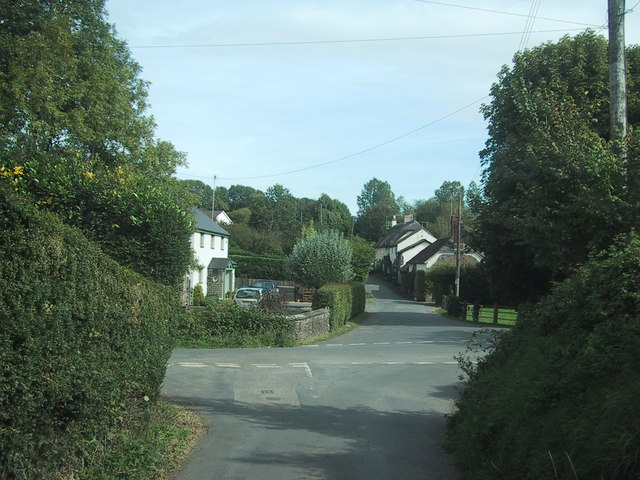 Road junction in Drayford